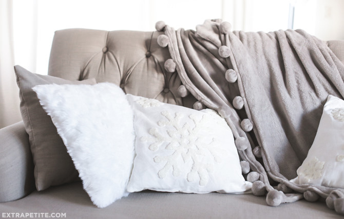 winter holiday couch_snowflake sofa throw pillows