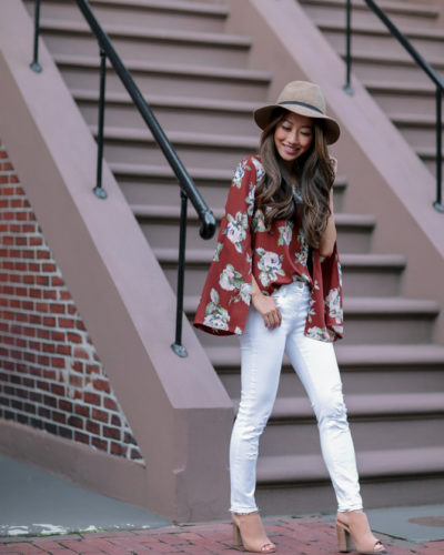 Early Fall Casual Style: Transitional White Jeans + Camel Hat