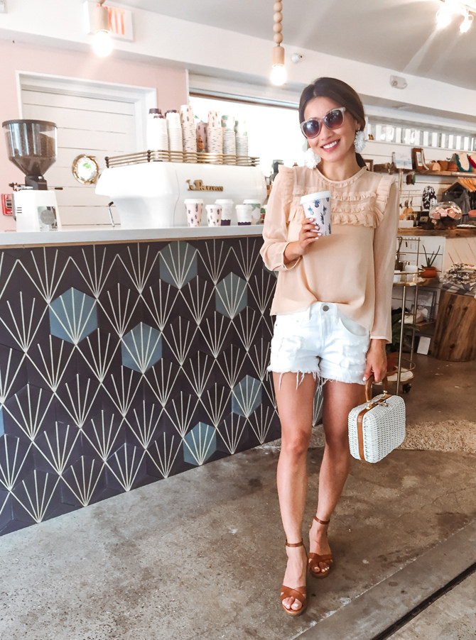 white denim shorts honolulu hawaii casual travel outfit