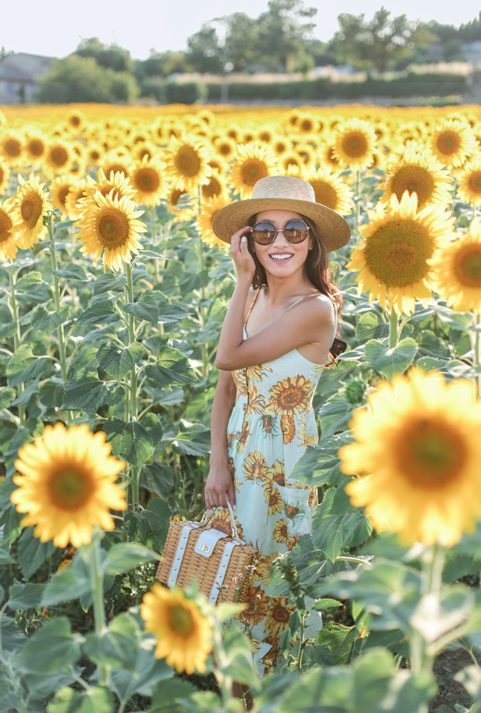 Sunflower Summer // Midi dress + retro sunglasses