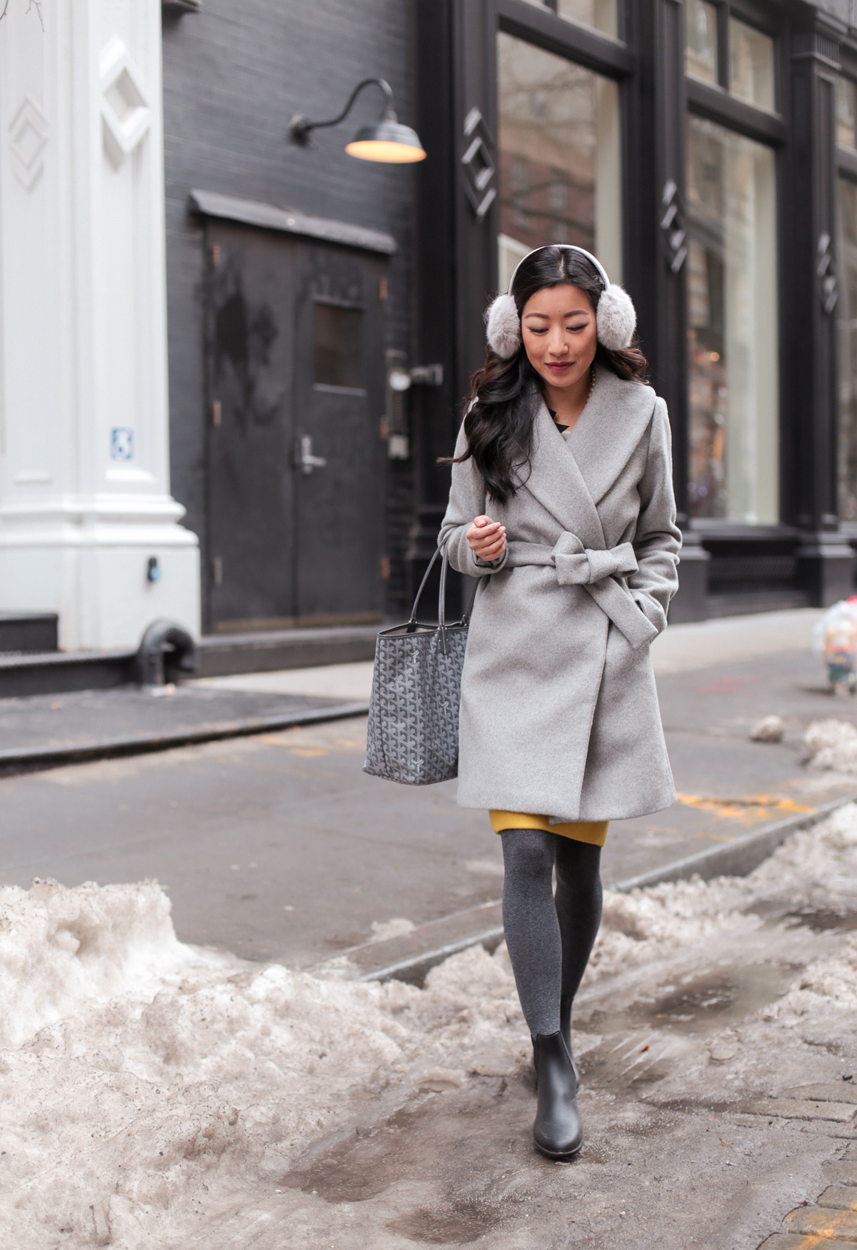 Winter Workwear // From commute to desk to dinner - Extra Petite
